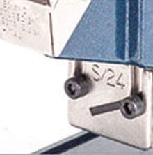 Opening front plate for easy staple jam removal